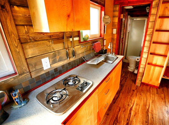 Hummingbird homes kitchen