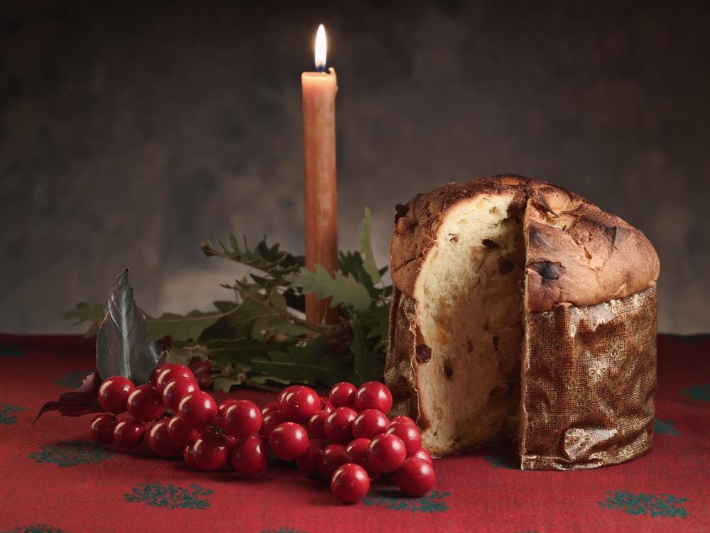 Italy-christmas-panettone-dessert-
